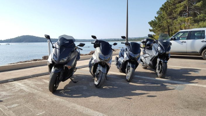 Location de scooter Yamaha à Porto-Vecchio